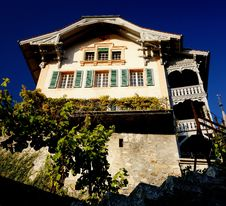 Free House In Spiez Stock Photo - 21721920
