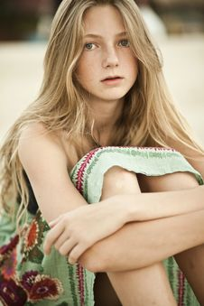 Free Portrait Of A Girl - Teen With Freckles Royalty Free Stock Image - 21735476