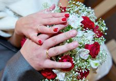 Free Hands On A Bouquet Stock Images - 21737904