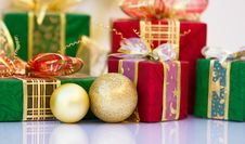 Free Christmas Gifts Royalty Free Stock Photos - 21746138