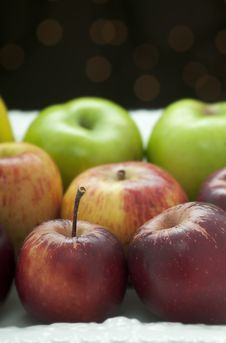 Free Heirloom Apples Stock Image - 21750541