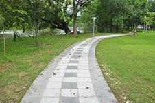 Free Pathway In Green Park Stock Image - 21773711