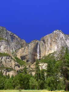 Free A Yosemite Point Of View Stock Photography - 217838242