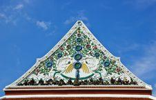 Free Ceramic Decoration On Temple Roof Stock Photo - 21790590