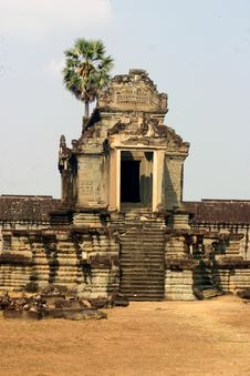 Free Ancient Building, Angkor Wat Royalty Free Stock Photography - 2180697