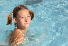 Free Girl Swimming In The Pool Stock Images - 2185464