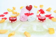 Free Lovely Bath Accesories Stock Images - 2185994