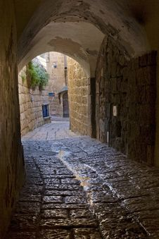 Passageway In Jaffa Royalty Free Stock Images