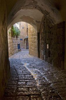 Free Passageway In Jaffa Royalty Free Stock Images - 2186859
