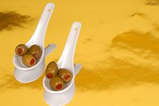 Free Green Olives In White Spoons O Royalty Free Stock Photography - 2186907