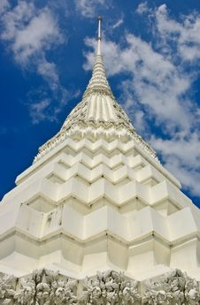 Free Close Up Of White Pagoda In Bangkok Royalty Free Stock Photos - 21802348