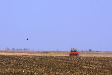 Free Tractor Working Royalty Free Stock Photo - 21833565