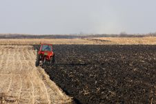 Free Tractor Working Stock Photos - 21833983
