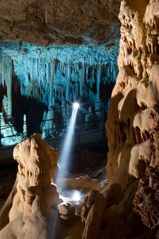 Free Stalactite Cave Royalty Free Stock Images - 21841929