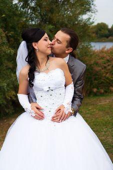 Free Happy Bride And Groom Stock Photo - 21843480