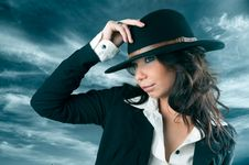 Free Beautiful Woman In Cowboy Hat. Royalty Free Stock Photography - 21864417