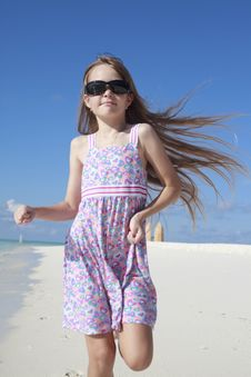 Free Happy Summer Child Royalty Free Stock Photos - 21872318
