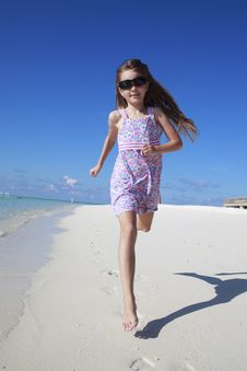 Free Happy Girl On The Beach Stock Photos - 21872363