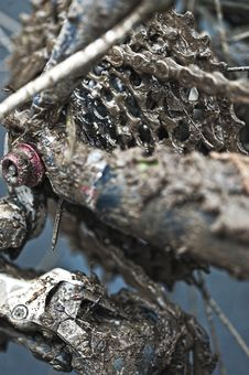 Free Chain And Gears Covered With Mud Stock Images - 21877144