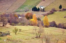 Free Autumnal Landscape Mountain Cottage Royalty Free Stock Photography - 21881817