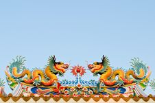 Free Twin Dragon On The Roof Of Shrine Stock Photo - 21882900