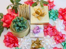 Free Gift Packaging Royalty Free Stock Images - 21896449
