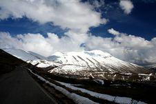 Free Castelluccio /winter Landscape Stock Photo - 2193390