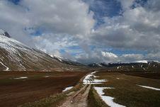 Free Castelluccio /winter Landscape Stock Photography - 2199022