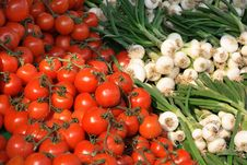 Free Tomatoes And Spring Onion Royalty Free Stock Photos - 2199778