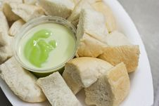 Free Green Bread Custard Royalty Free Stock Photography - 21928277