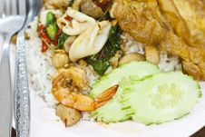Free Basil Fried Rice With Shrimp,squid Royalty Free Stock Photos - 21941438