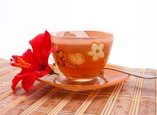 Free The Cup Of Tea With A Flower Of Hibiscus Royalty Free Stock Photography - 21949857