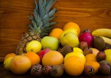 Free Bunch Of Fruit Royalty Free Stock Photography - 21963617
