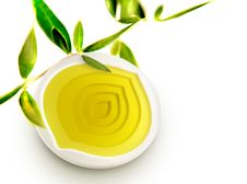 Free Olive Oil Bowl With Olive Oil And Leaves Stock Photos - 21972513