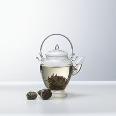 Free Teapot With Chinese Tea Royalty Free Stock Images - 21975349