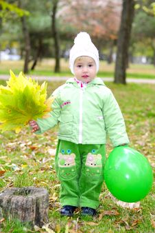 Free Small Beautiful Girl In Green Suit Stock Image - 21983891