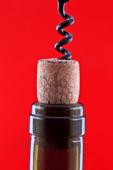 Free Bottle With A Cork And Corkscrew 3 Royalty Free Stock Photography - 21998147