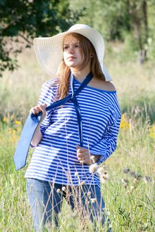 Free Beautiful Girl In The Shirt On The Grass Royalty Free Stock Images - 21998489