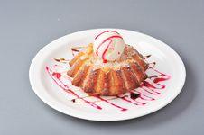 Free Biscuit Tart Royalty Free Stock Photo - 21999525