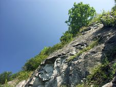 Free Rocky Slope Royalty Free Stock Photography - 222047
