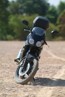 Free Front Of Motorbike Royalty Free Stock Images - 2203069