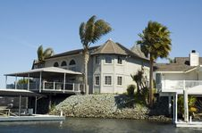 Free Executive House On The Water Stock Photos - 2209353