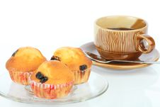Muffin Raisin And Coffee Stock Photos