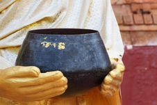 Free Bowl Buddhist Royalty Free Stock Images - 22009669