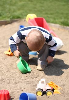 Free Baby Boy Playing Stock Images - 22013374