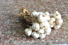 Free Closeup Of Garlic Royalty Free Stock Photo - 22025635