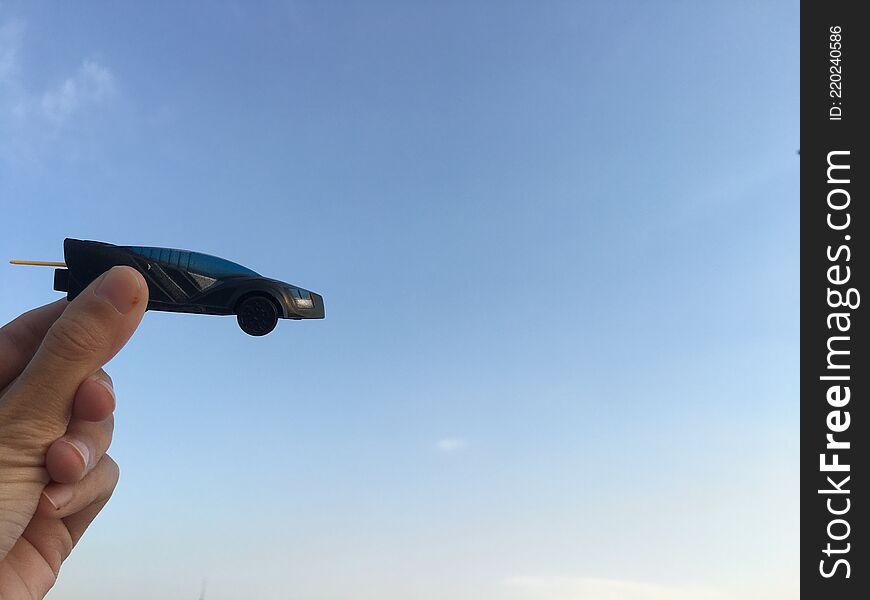 Toy car -