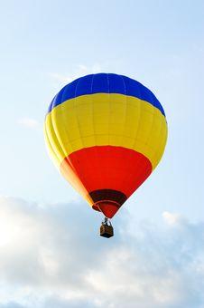 Free Colorful Hot Air Balloon Stock Photos - 22039983