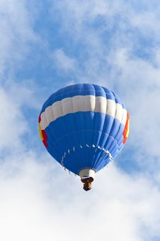 Free Blue Hot Balloon Up In The Blue Sky. Stock Photos - 22040243