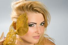 Free Green-eyed Blonde With Golden Calla Lily Stock Photo - 22049960